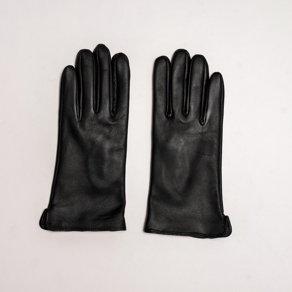 This image shows Barneys Originals Women's Real Leather Gloves in Black With Fingerprint Technology