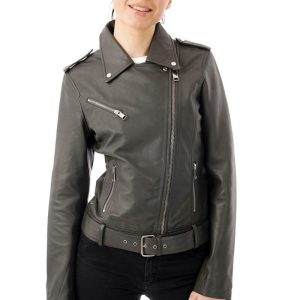 This image focuses on the jacket full zipped. You can see that the zip doesn't stay in the center because it is an asymmetric design, meaning the zip goes up to the right of the jacket.